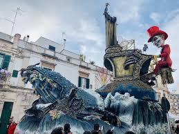 Il 626° Carnevale di Putignano vinto da 'L'Apocalisse'