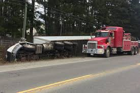 Semi rolls over on Alberni Highway – Nanaimo News Bulletin