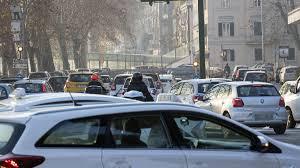 Smog a Roma, blocco di tutti i diesel anche oggi e domani - la ...