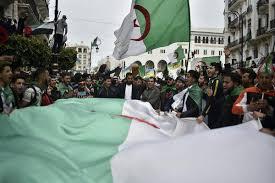 L'Espoir d'un Renouveau Retombe en Algérie - The New York Times