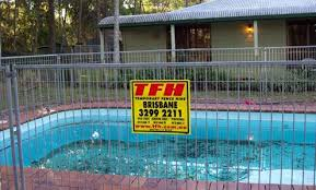 Temporary Pool Fencing Tfh Hire Services Pty Ltd Temporary Pool Fencing Pool Fence Pool