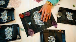 how to gemstones in india