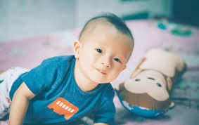 Đặt tên con trai năm 2020 hợp tuổi bố mẹ: 50 tên phúc lộc dành cho bé