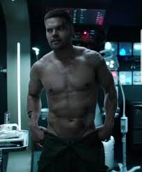 Wes Chatham - The Expanse. The future is here and it is yummay. : LadyBoners