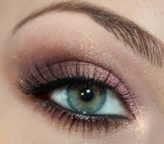 pretty makeup for green eyes the
