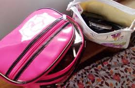 what to pack in a travel makeup bag