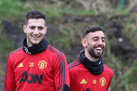 Sleepovers, lifts to work and breakfast - how Diogo Dalot helped Bruno  Fernandes settle in at Manchester United