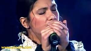 HQ Elisa Dancing live Vaticano - YouTube