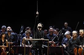 È morto Ezio Bosso, addio al direttore d'orchestra che incantò il ...