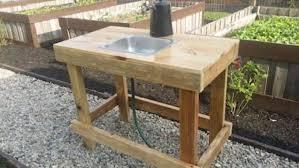 garden vegetable wash station