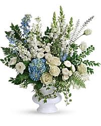 beloved bouquet in decorah ia