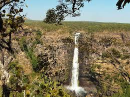 Lofoi Falls (also known as the Chutes Kaloba and the Chutes Lofoi ...