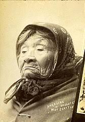 File:Princess Angeline, daughter of Chief Seattle, circa 1889-1891  (BOYD+BRAAS 103).jpg - Wikimedia Commons