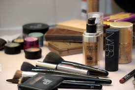 plastic free makeup and hygiene