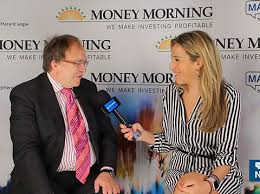 Gold Showing True Resilience - Adrian Day - Kitco