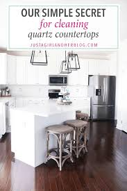 cleaning quartz countertops