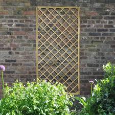 Hartwood 6 X 3 Diamond Lattice Trellis And Lattice Grow Your Own Gardening Trellis Wood Trellis Obelisk Trellis