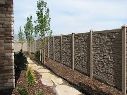 8 Amazing Eco Friendly Fencing Options Elemental Green Fence Sections Fences Alternative Vinyl Fence