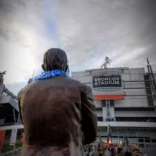 Denver Broncos Will Wear Helmet Decal In Honor Of Pat Bowlen Mile High Report