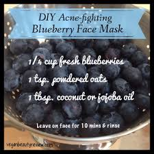 diy acne fighting blueberry face mask