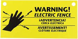 Amazon Com Zareba 680828 Ws3 3 Pack Electric Fence Warning Signs 3 Garden Outdoor