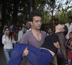 Pratyusha banerjee Death committed Suicide Or Murdered