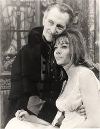 Peter Cushing and Ingrid Pitt on set of Vampire Lovers - Flashbak