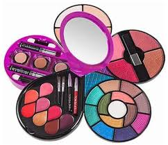 forever52 most desirable makeup kit