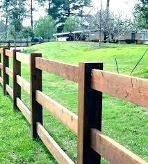 Rustic Wood Fence Split Rail Fence Ideas Rustic Fence Designs Wood Fences Ideas Designs Fence Fences Ideas Ra In 2020 Backyard Fences Rustic Fence Fence Design