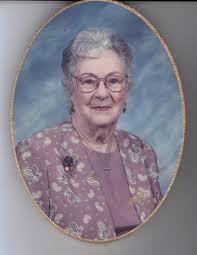 Obituary of Barbara Earle Murphy | Thomae Garza Funeral Home San Be...
