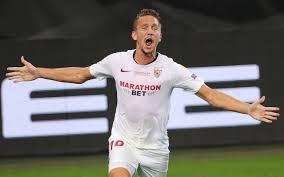 Newcastle fans can't believe it as flop Luuk De Jong scores TWO stunning  headers for Sevilla in Europa League win