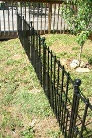 Pin By Gina Henderson Rogers On House Ideas Backyard Fences Diy Dog Fence Fence Landscaping