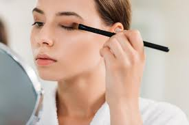 makeup easily if you are left handed