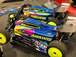Team Associated - Dustin Evans' #B74 & #B6.1 | Facebook