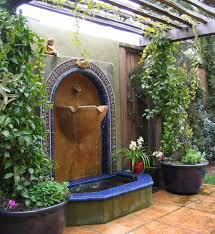 wall mounted water feature courtyard