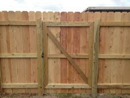 Fence Gate Trap Wood Privacy Fence Wood Fence Gates Wooden Fence Gate