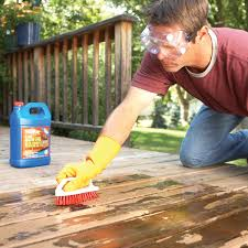 how to remove flaking deck sn the