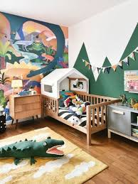 Bright And Fun Jungle Themed Kids Bedroom With A Bold Artwork Kids Room Inspiration Kid Room Decor Baby Room Decor
