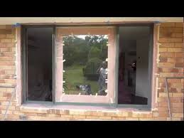 aluminium window spraying painting