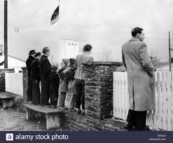 Residents Of Andernach Take A Look Across The Fence On The First Volunteer Soldiers Of The Newly Founded German Armed Forces Bundeswehr On 11 January 1956 Usage Worldwide Stock Photo Alamy