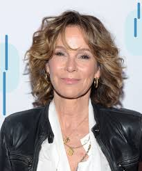 Why Jennifer Grey Is Staying As Britney's Grey's Mom