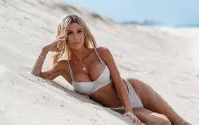 Jennifer Cole – MAXIM Australia