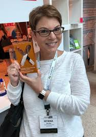 "TESOL Intl Assn on Twitter: ""Congrats to #TESOL for winning the Gold Award  for the 2016 Annual Report at the annual AM&P EXCEL Awards! Director of  Publishing & Product Development, Myrna Jacobs"