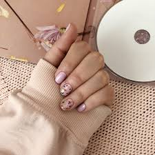 Nails Inspired By Harry Styles 1 Paznokcie