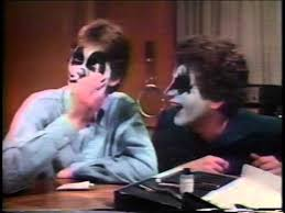 1978 kiss your face make up kit tv ad