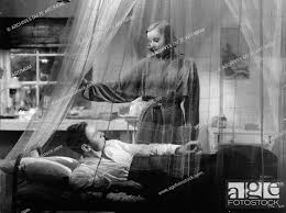 The Painted Veil Année : 1934 - USA Greta Garbo, Herbert Marshall Director  : Richard Boleslawski, Stock Photo, Picture And Rights Managed Image. Pic.  POH-A7A08C88_390 | agefotostock