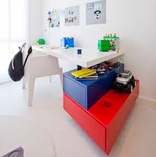 29 Kids Desk Design Ideas For A Contemporary And Colorful Study Space