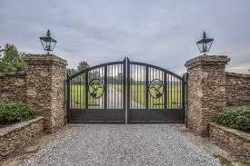 Amazing 6 Mil Ranch Style House Farm Gates Entrance Entrance Gates Design Entrance Gates Driveway