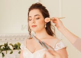 10 things you must ask when bridal makeup