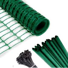 Amazon Com Abba Patio Snow Fence 4 X 100 Feet Plastic Safety Fence Roll Temporary Poultry Fencing Mesh Economy Construction Fencing For Deer Lawn Rabbits Chicken Poultry Dogs Green 1 25 Mesh